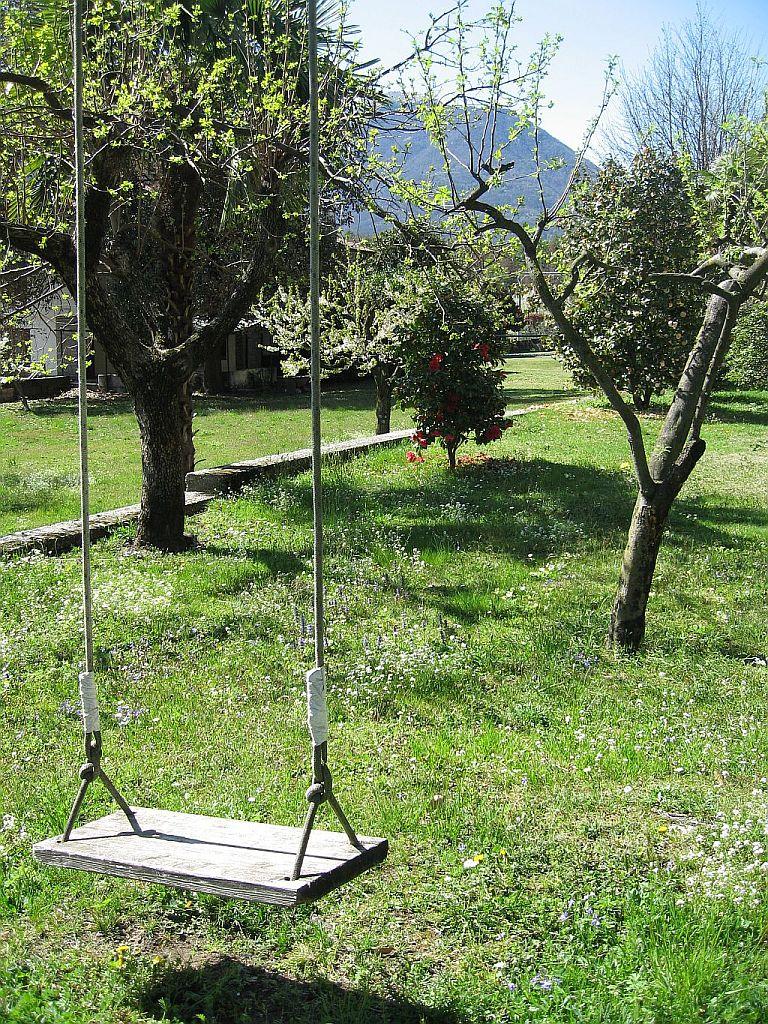 Il nostro giardino le oche di bracchio - Altalena per giardino ...